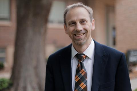 Dr. Daniel Julich